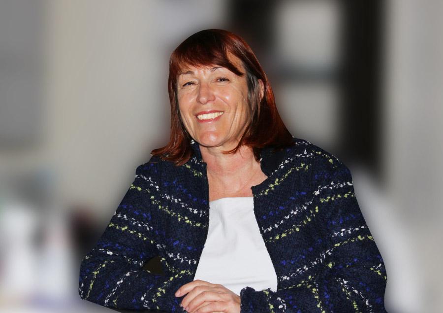 Dr. Christine Bredl